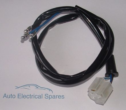 Bulb holder & wiring loom for H4 P43t & UEC P45t type bulbs STRAIGHT